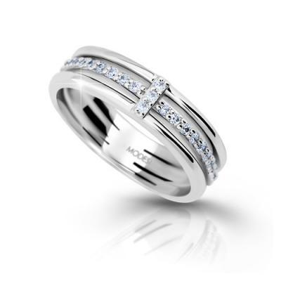 Stříbrný prsten se zirkony MODESI M11085